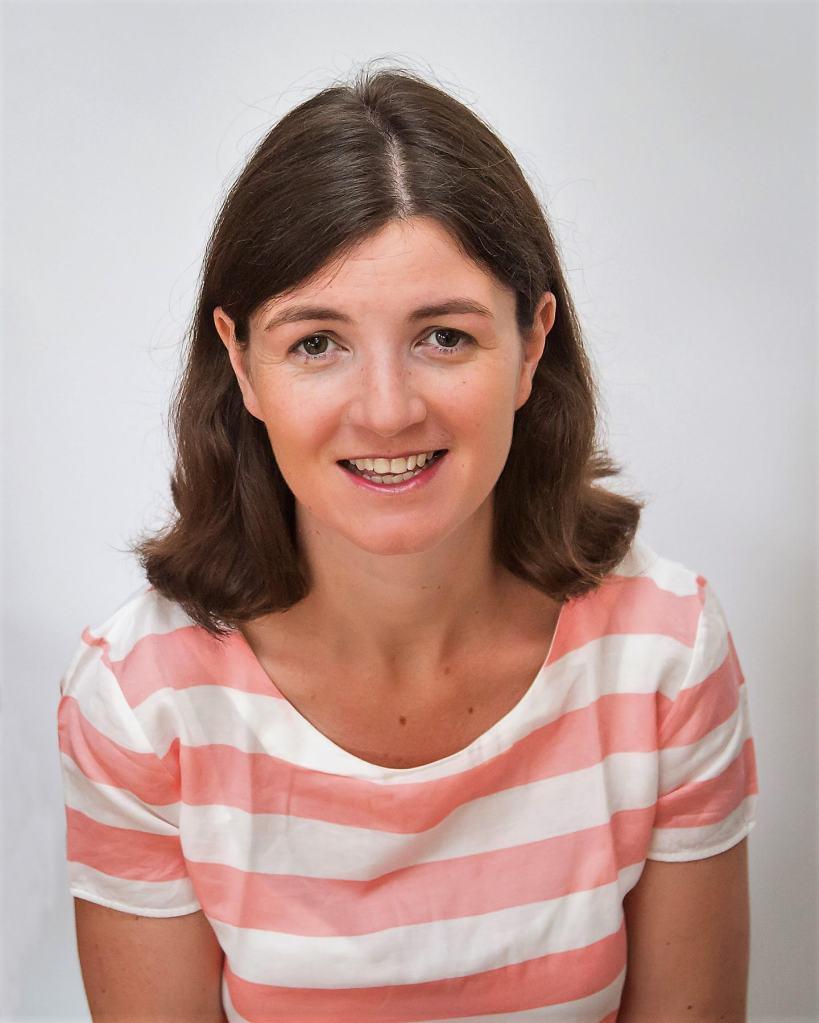 Emma Murray author