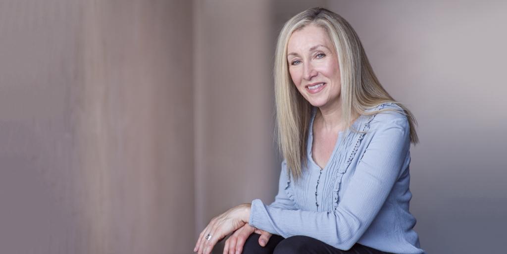 Debbie Viggiano author