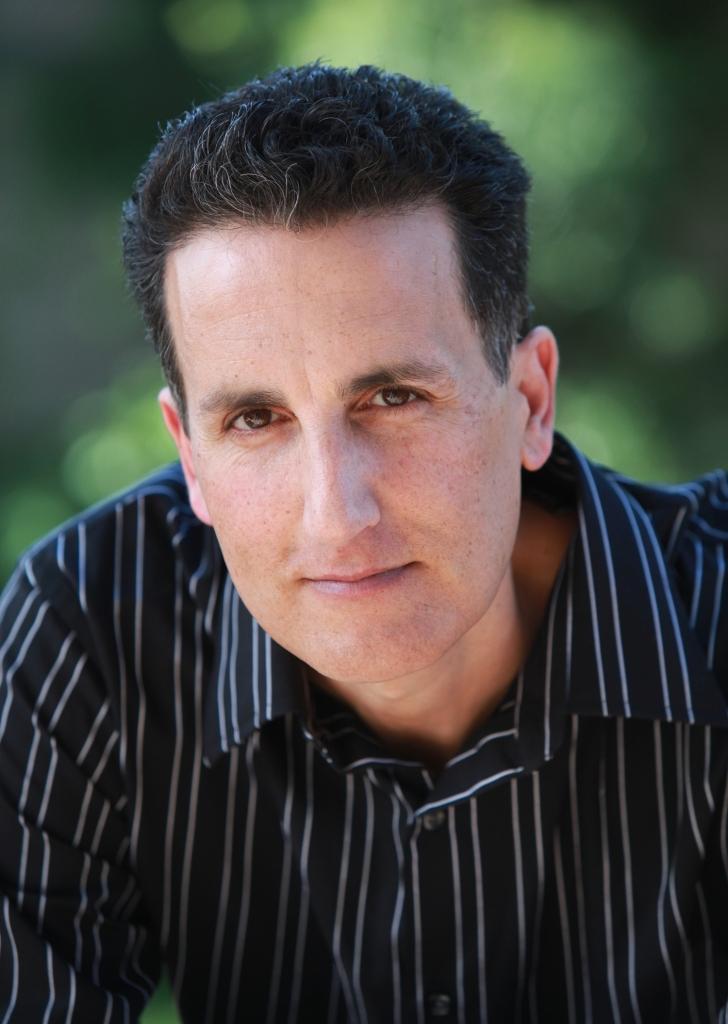 Rich Amooi author