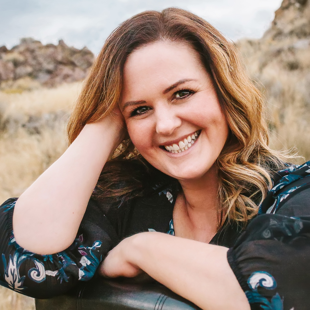 Becky Monson author