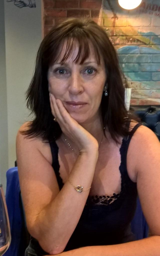 Amanda Paull author