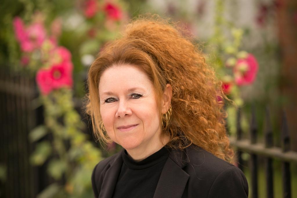 Christina Courtenay author